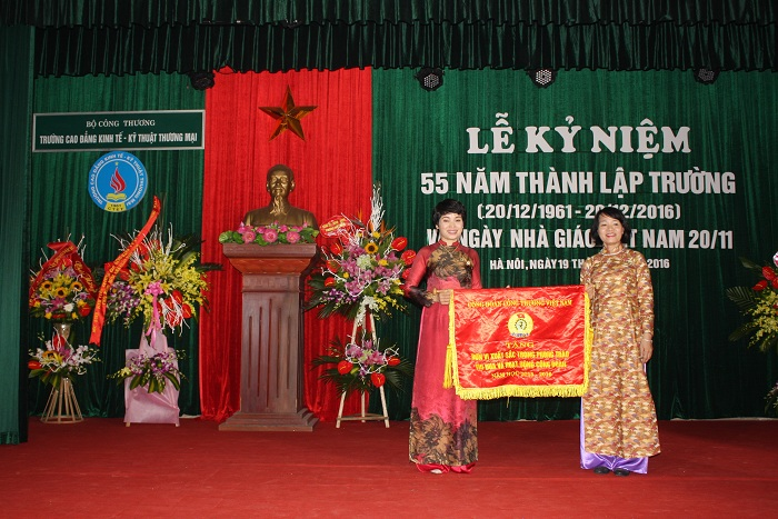 55 thanh lap truong 8