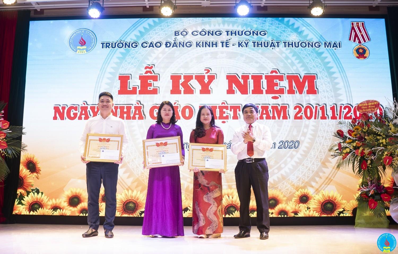 Trao tang bang ken 20 11 2020 (4)